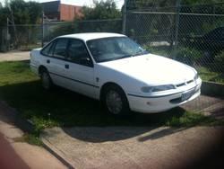 1995 Whilte Holden VS Sedan 1